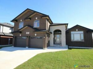 $489,900 - Split Level for sale in Belle River
