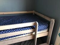 Children's mid rise cabin bed