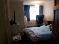 Spacious &clean Large Double Bedroom on ground floor for professional single or couple Slough- 475PM