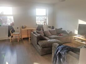 2 Bedroom Flat Stoke Newington, Hackney, London
