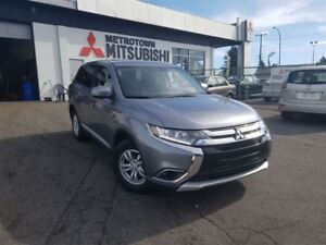 2017 Mitsubishi Outlander ES 4WD; Corporate Demo!