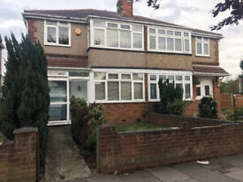 3 bed house in Northolt/Sudbury border