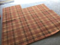 Brintons abbeyglen Tyrone tartan carpet 2 yrs old 2.2 x 2.05 m