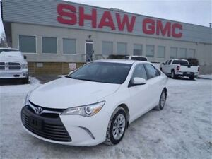 2016 Toyota Camry LE   Touch Screen   Bluetooth   USB