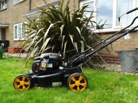 McCULLOCH PETROL SELF PROPELLED LAWN MOWER
