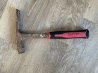 Bricklayers Hammer