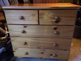 ☆ STILL AVAILABLE ☆ Pine chest of drawers - good condition, could be painted, high quality