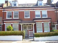VERY SPACIOUS 1 BEDROOM FLAT IN DESIRABLE VICTORIAN HEAVER ESTATE SW17 8QL