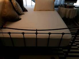 Kingsize Bed knobs and broomsticks bed