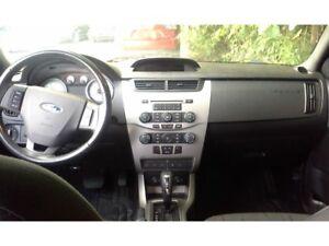 2009 Mitsubishi Outlander XLS***LIQUIDATION*** XLS,TOIT, BLUETOO