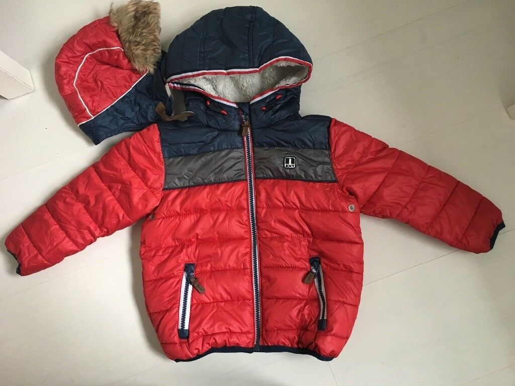 Boy winter coat with matching hat from NEXT 2/3years