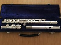 Gemeinhardt Flute 2ESP S/Ewith Comes with Blue Velvet