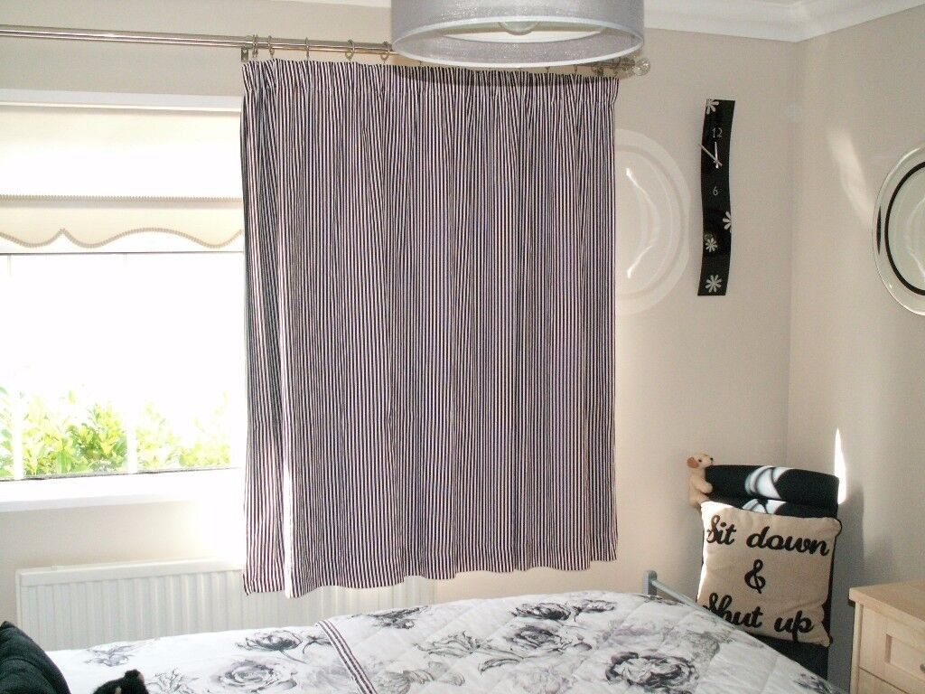 2 pairs of Next blackout curtains.