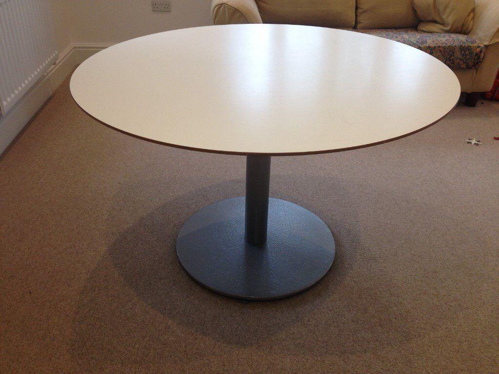 IKEA BILLSTA ROUND KITCHEN TABLE   118 CM DIAMETER   GREAT ...