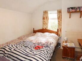 Double room in central Headington shops from September £145 pw all bills included