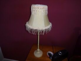 CREAM COLOUR TABLE LAMP.