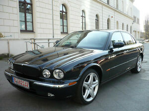 Jaguar XJ6 3.0 EXECUTIVE R-MODEL LEDER-KLIMA-NAVI