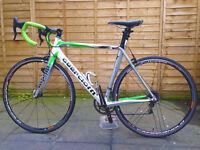 Full carbon Italian road racing bike, Campagnolo Chorus, Zonda wheels. Like bianchi, pinarello