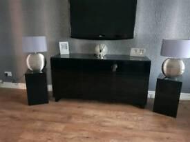 Black high gloss furniture
