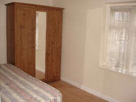 ++ NEW: Studio Flat to rent in Becontree, Dagenham - Bills INCLUDED, Available Now -Private Landlady