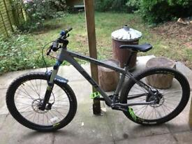 Whyte 2015 901 size (M) great condition Mountain Bike.