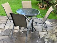 Garden x4 chair and table, great condition