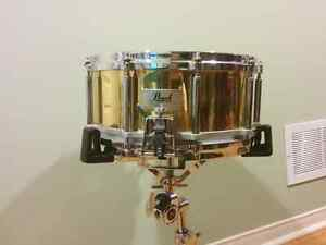 Pearl Brass Free Floating Snare