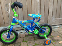 small childs bike Space perfect condition suit age 3/4/5 years Christmas gift stabilisers 1st bike
