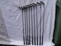 golfclubs full set of wilson 1200 irons 3 to sandwedge plua four metal woods 1 3 5 7 plus golf bag
