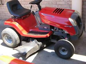 Second Hand Murry Sentinel Ride on Mower Richmond Hawkesbury Area Preview