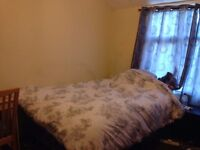 Double room, broadband, furnished, available to rent to a single female immediately