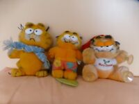 3 x Garfield toys •Surfer •Happy Christmas •Winter Garfield with blue scarf. From smoke free home