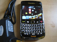 Blackberry bold 9700 all networks with mains charger no offers plz