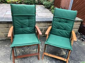 4 wooden garden chairs with cushions