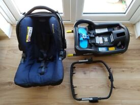 Graco SnugSafe Car Seat Group 0+ with Isofix base and travel system adapter