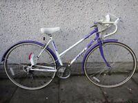 Emmelle Panache ladies retro vintage road bike, 27 inch wheels, 5 gears, 19 inch frame mud guards