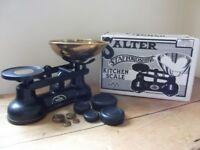 VINTAGE Salter STAFFORDSHIRE Kitchen Scales Model No. 60 with full set of IMPERIAL WEIGHTS: VGC`