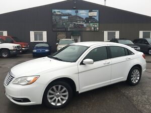 2013 Chrysler 200 Touring-REMOTE START-HEATED SEATS-FACTORY WARR