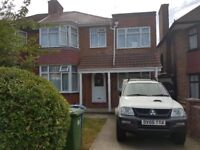 6 Bedroom large House with 2 bathrooms and seperate toilet