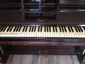 Old Upright Piano suitable for beginner