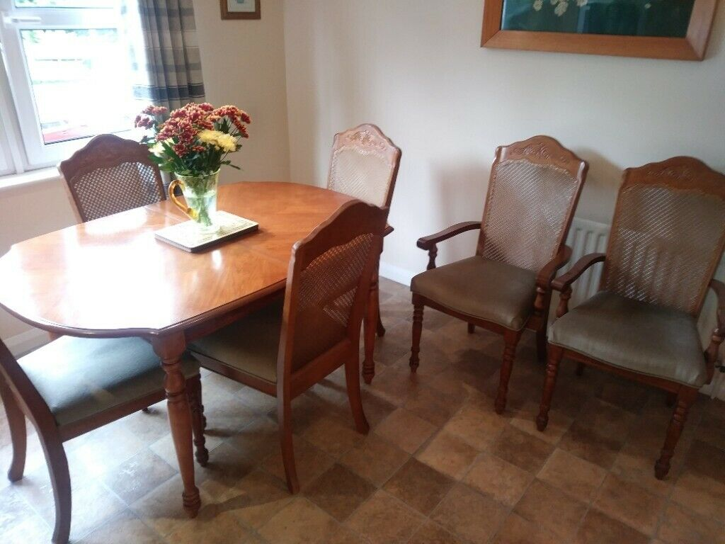 Extending Dining Table And 6 Chairs In East Kilbride Glasgow Gumtree