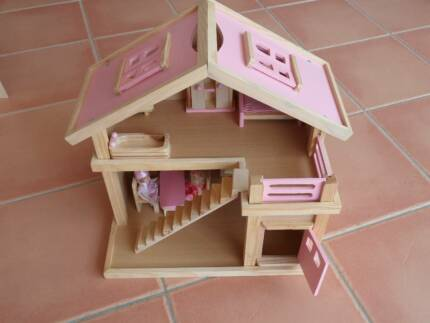 Dolls House. Wooden, Pink with furniture and dolls