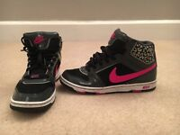 Nike trainers, size 6.5