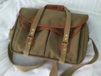 Bellingham 555 Khaki Canvas/Tan Shoulder Bag.