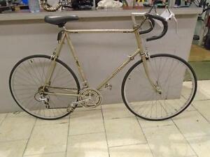 Vélo de route Raleigh 62cm