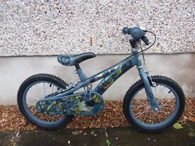 CHILDRENS SKYLANDERS BIKE - IDEAL FOR 4 - 7 YRS OLD - EXCELLENT CONDITION - £30 OR MAKE AN OFFER