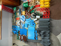 Huge amount of TOMY Thomas the Tank Engine rail, road and buildings