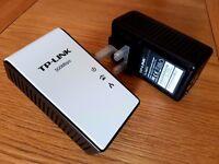 TP-Link 500Mbps AV500 Powerline Adapter WiFi Extender Starter Kit