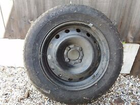 2 brand new Michelin energy tyres with wheels. 185/65 R15 88H