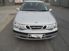 'W' reg, 2000 Saab 9-5 Estate, 2.0 Turbo, Petrol, 5 speed manual, MOT, One Previous Owner